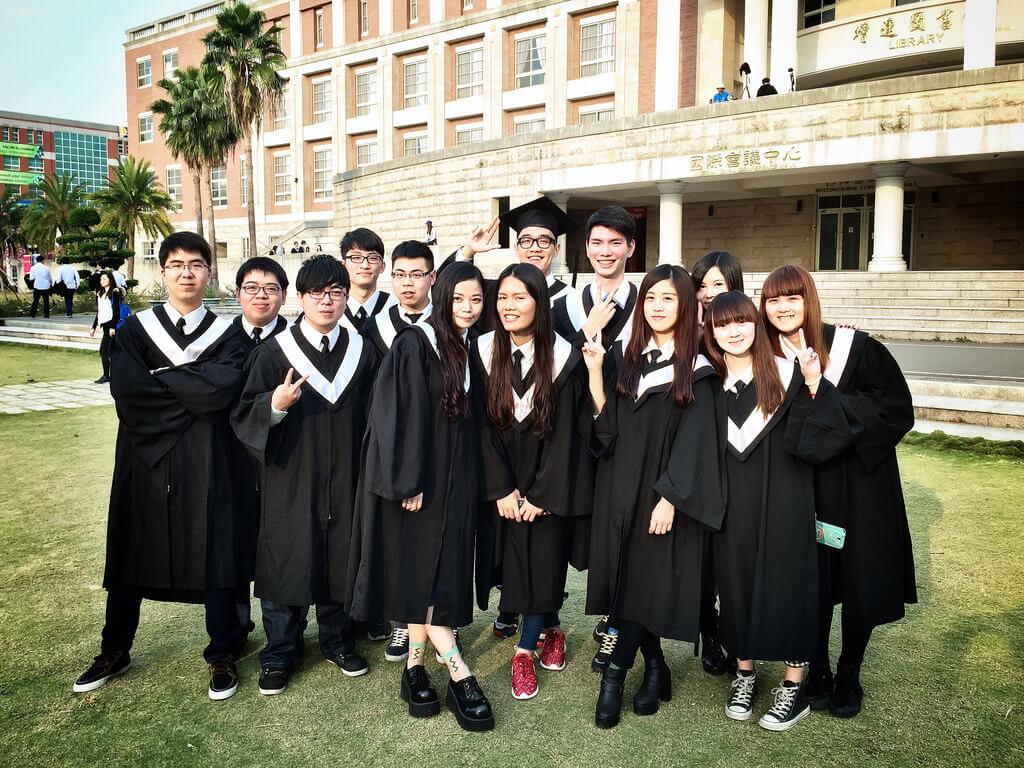 Agen Sekolah ke Taiwan di Surabaya Mandarincenter.id